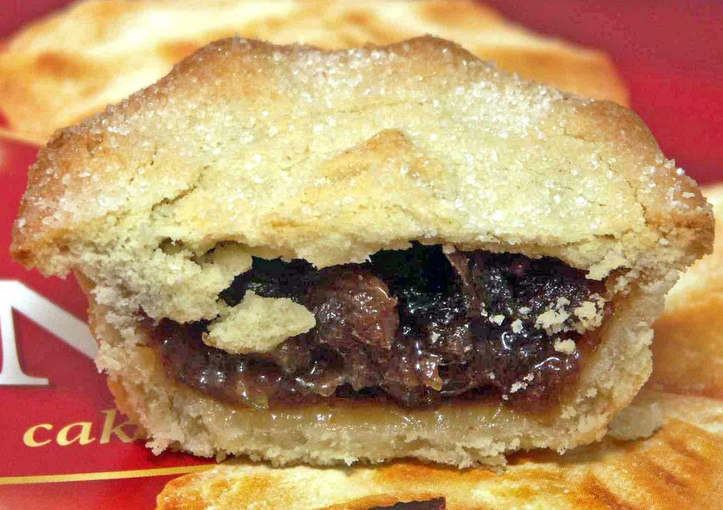Good Food Mince Pie Cakes