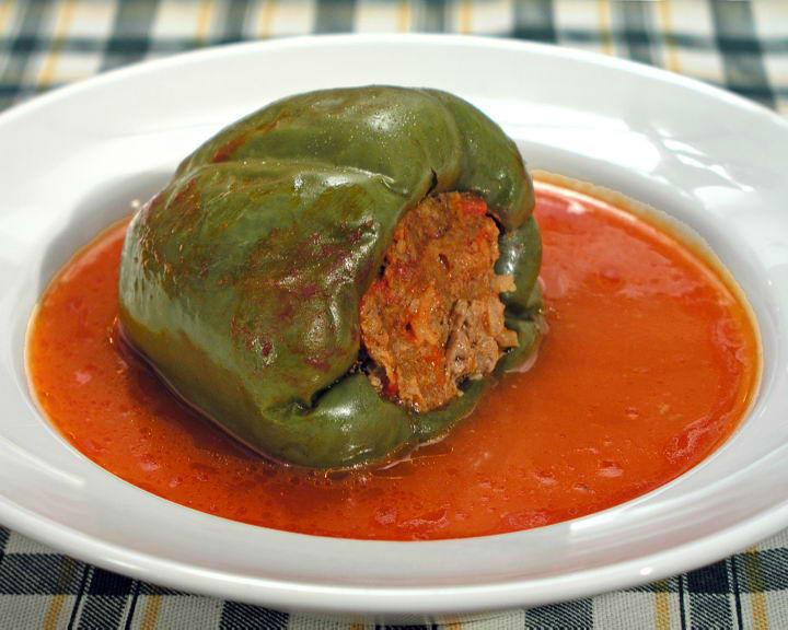Punjena Paprika (Stuffed Peppers)