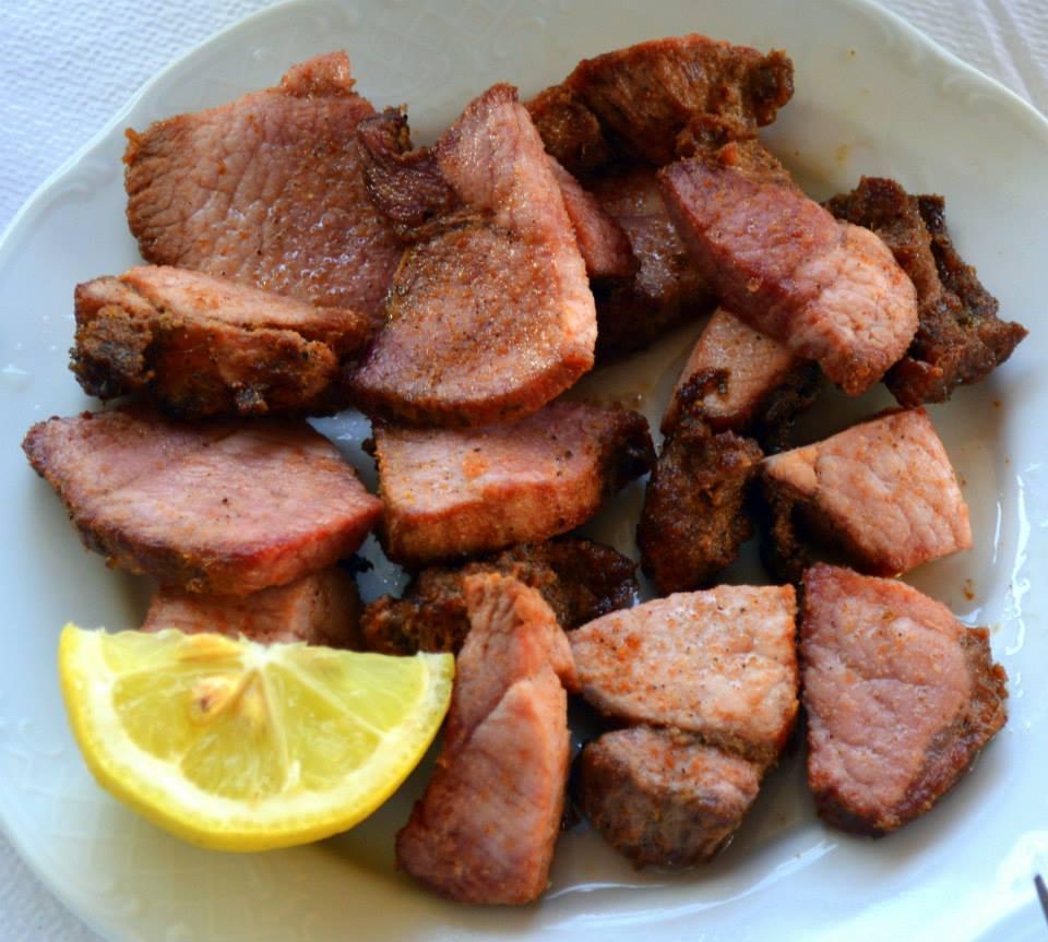 Smoked pork (apakia)