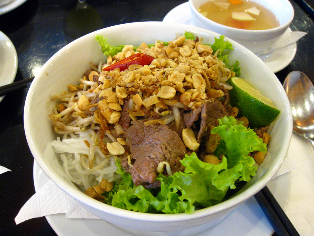 25 Must-Taste Dishes in Vietnam - Food you should try