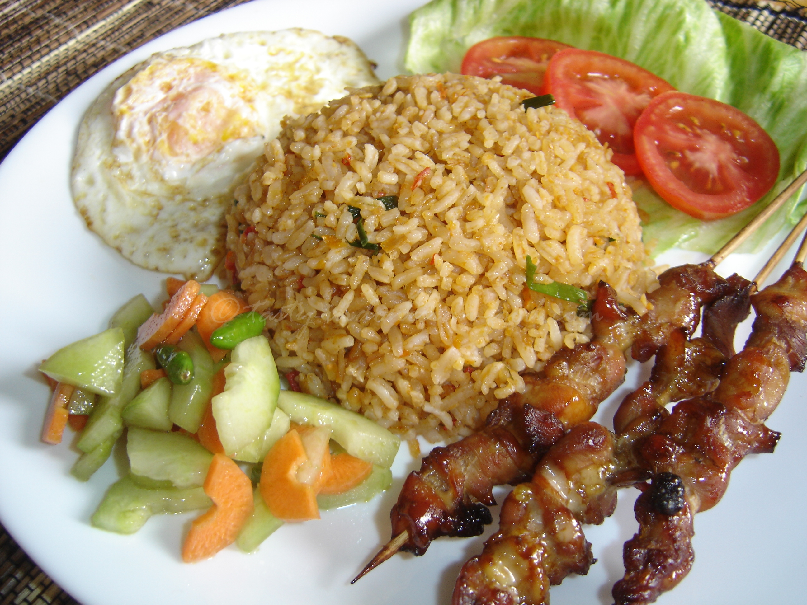 What To Eat In Indonesia Best Indonesian Food List Food