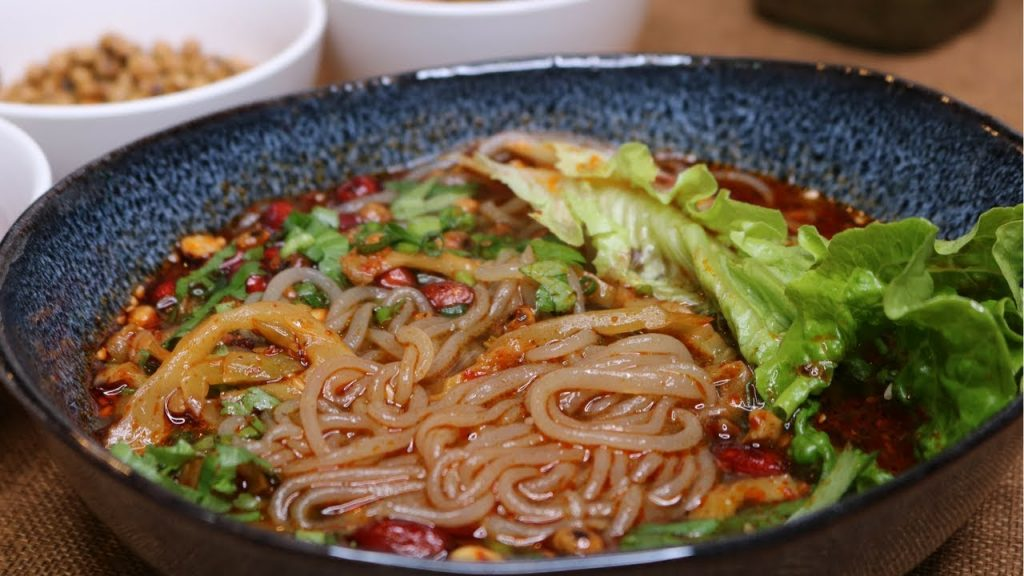 Hot and sour glass noodles