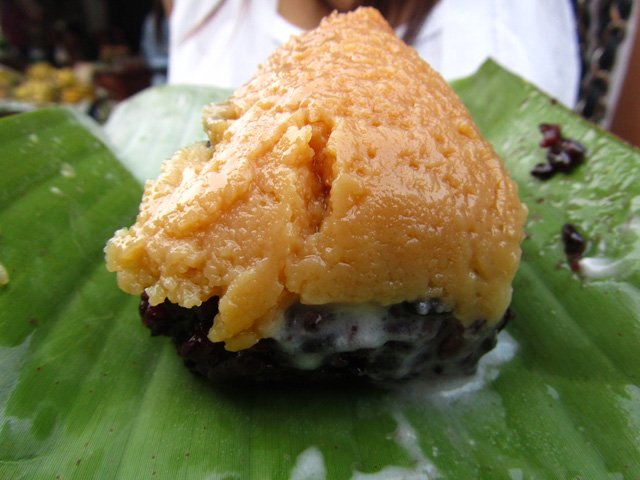 Sticky Rice with Custard (Khao Neow Sang Kaya)