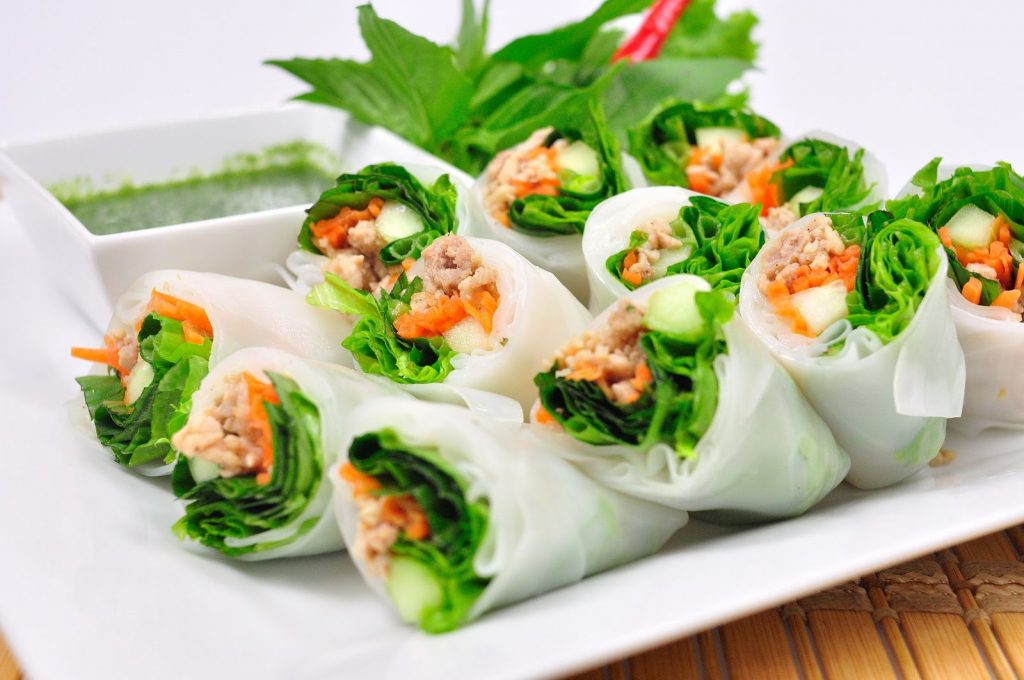 Thai Spring Rolls with Herbs (Kuay Teow Lui Suan)