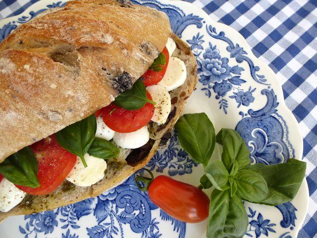 Pamboli Sandwich