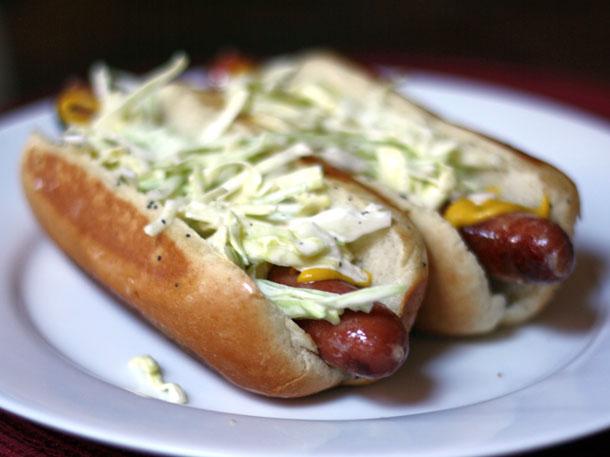 Slaw Hot Dog